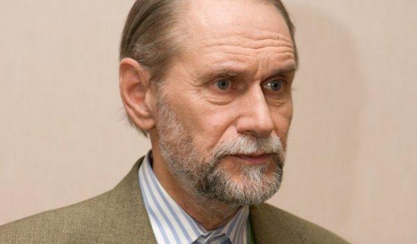 Виктор Коклюшкин рассказал, как вторая супруга помогла ему бросить пить