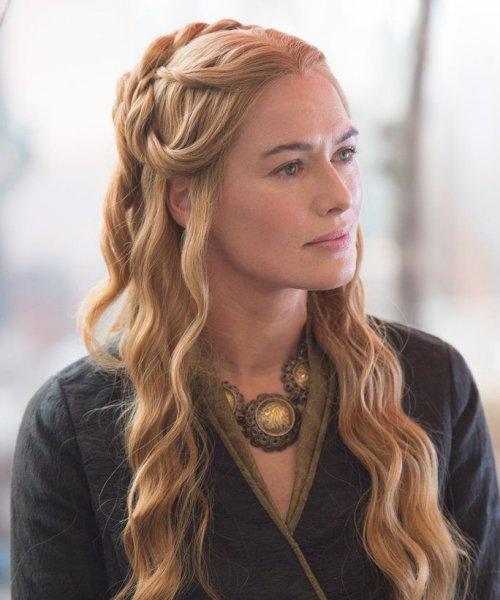 Актриса Лена Хиди показала фанатам последнее фото со съемок «Игры престолов»